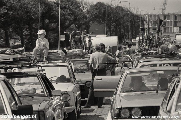 Den Helder – Het veerplein in 1982