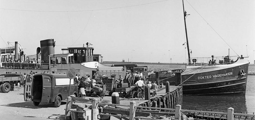Dokter Wagemaker (1934) – Drukte bij de boot