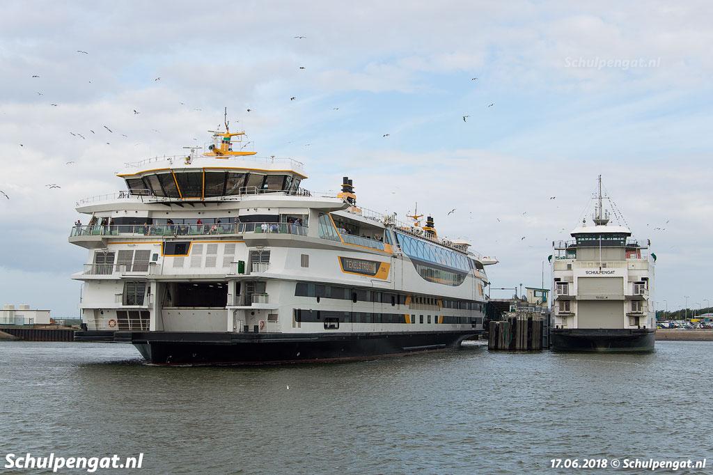 De nieuwste TESO-boot Texelstroom is de grootste en groenste veerboot van de Wadden, het schip vaart op aardgas (CNG) en is daarnaast uitgerust met zonnepanelen en accu's